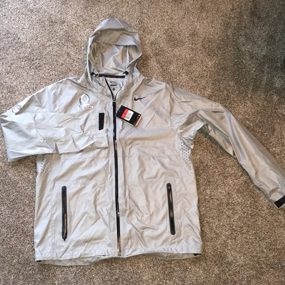 check out 42a64 59df0 Nike thin wind/rain jacket NFL Pro Bowl size L NWT